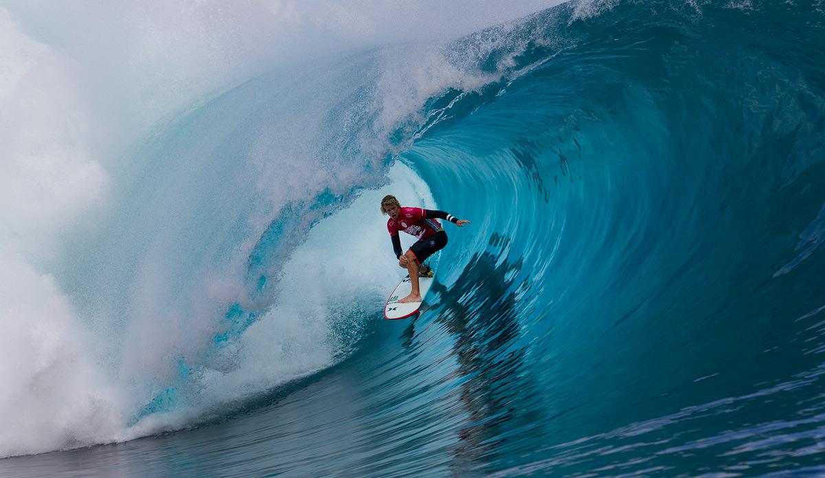 Thiên đường lướt sóng đầy mạo hiểm Teahupoo