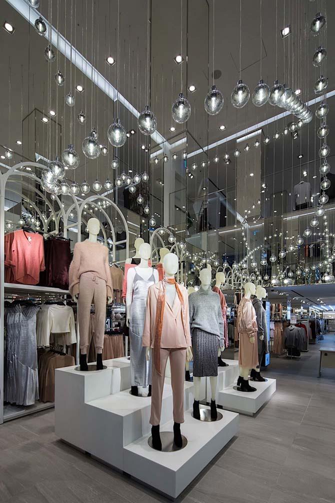 H&M store Taiwan - elle man