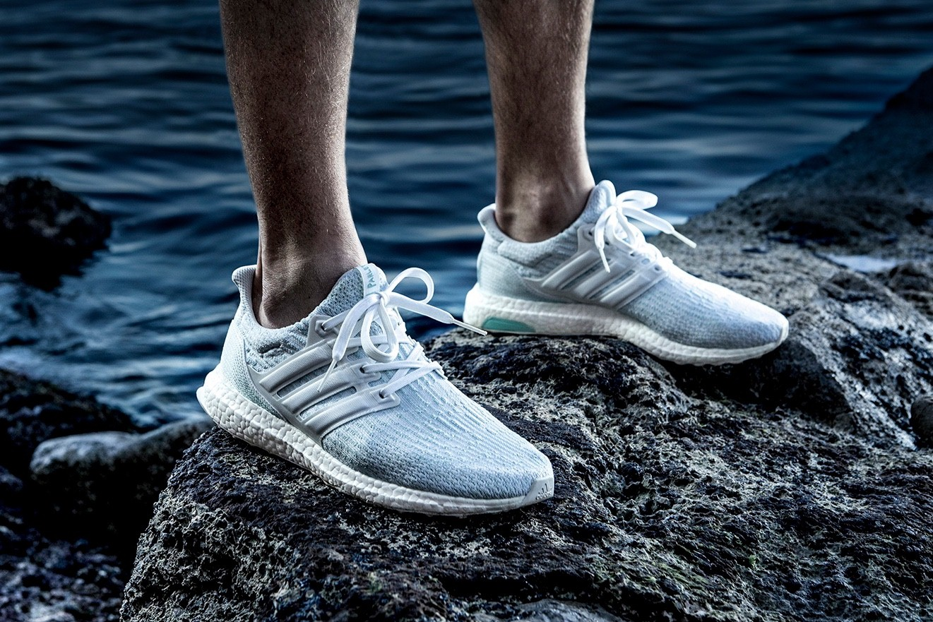 giay the thao tuan 1 thang 6.2017 - Parley x adidas UltraBOOST 3.0 - elle man