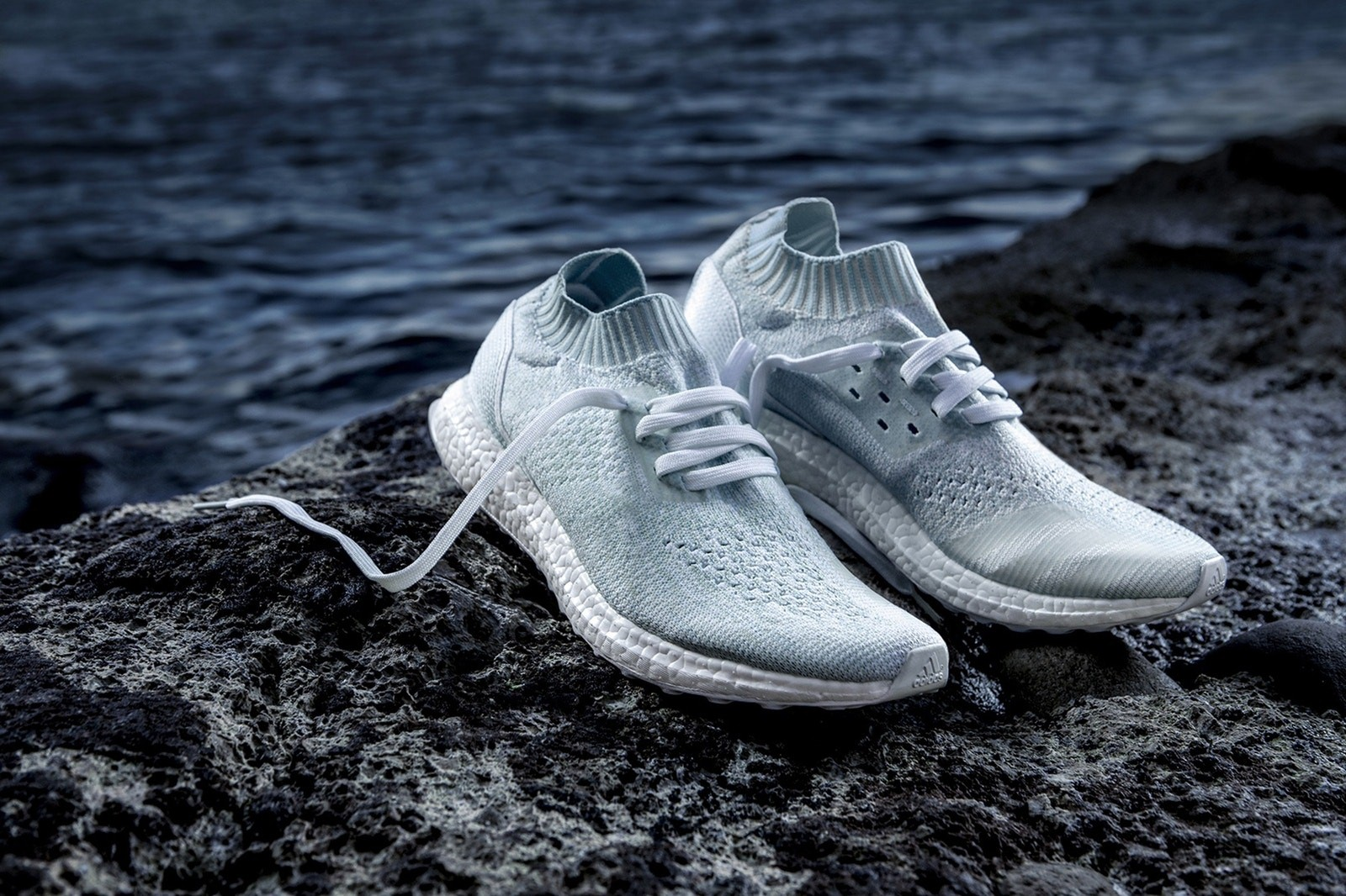 giay the thao tuan 1 thang 6.2017 - Parley x adidas UltraBOOST uncaged - elle man