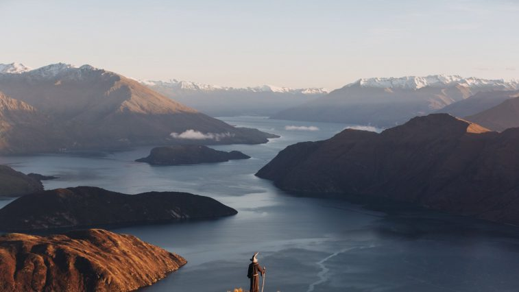 """Du lịch New Zealand qua lăng kính đơn độc của """"phù thủy Gandalf"""""""