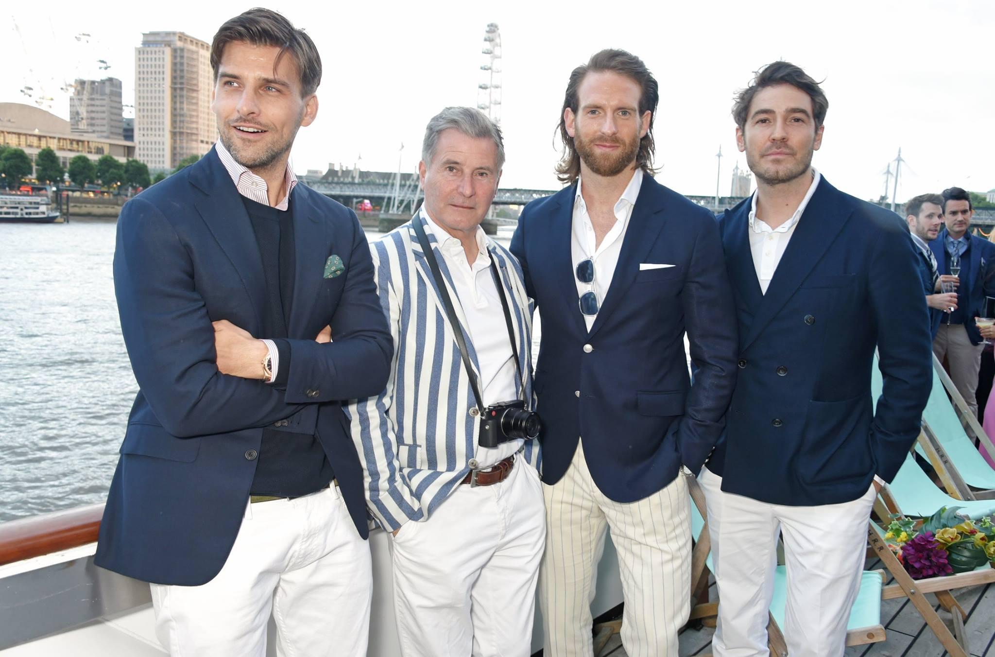 Johannes Huebl và Craig McGinlay xuất hiện tại hầu hết các sự kiện lớn tại Tuần lễ thời trang nam London lần này