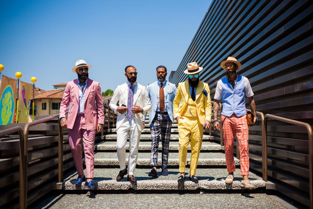 Những bộ suits rực rỡ sắc màu tại Pitti Uomo 92