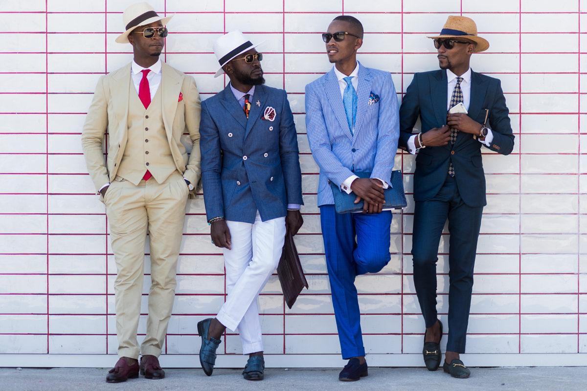 Đa dạng thời trang suits tại Pitti: một hàng khuy, hai hàng khuy, hai mảnh và ba mảnh.