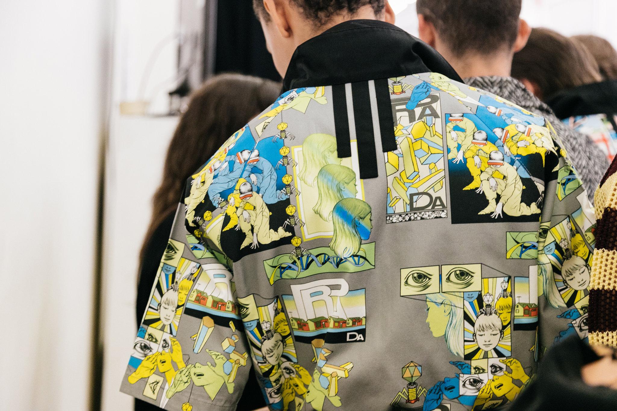 Những ô comic đan xen trong thiết kế Xuân-Hè 2018 của Prada