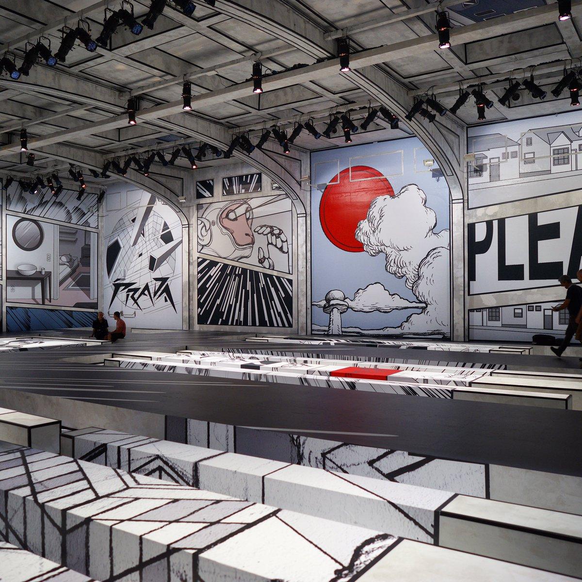 Sân khấu của Prada tại Tuần lễ thời trang nam Milan Xuân-Hè 2018