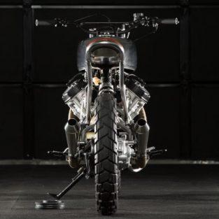 Biến Honda CX500 thành bản mô tô độ ấn tượng