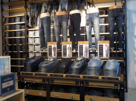 10 cửa hàng quần jeans nam cao cấp tại Việt Nam