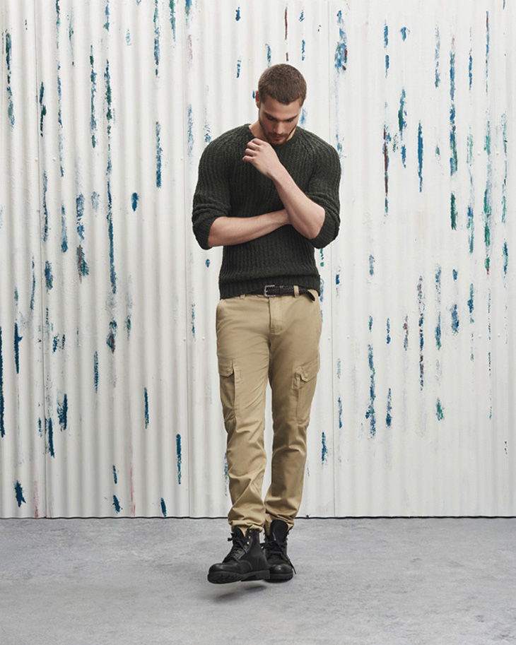 Armani Exchange - cargo pants - elle man 1
