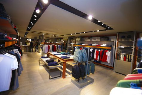 Khai trương cửa hàng Armani Exchange đầu tiên tại Hà Nội