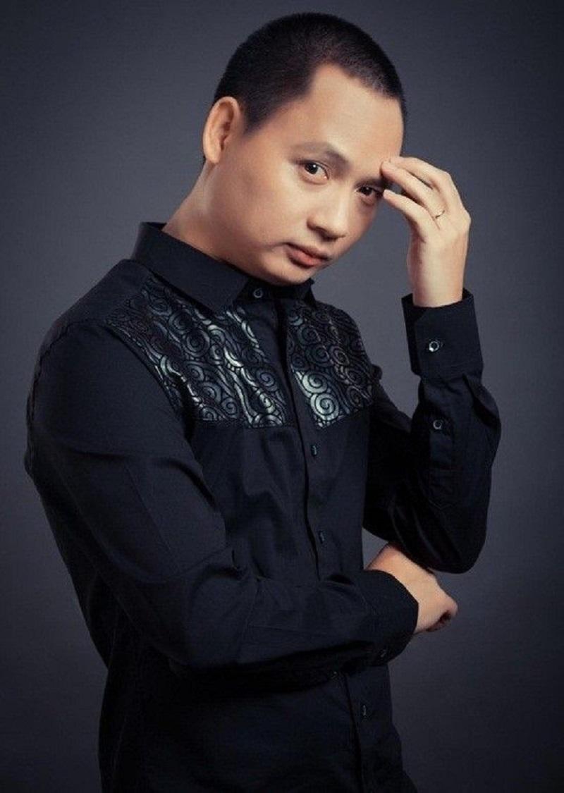 Anh cũng được biết đến với tư cách là người góp đem về dành hiệu Nữ hoàng nhạc dance cho Thu Minh qua loạt hit như Taxi, Bay, Chuông gió,...