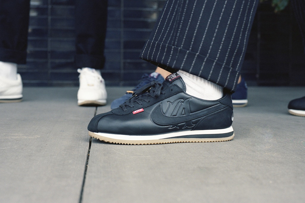 giay sneaker - elle man - Mister Cartoon x Nike Cortez Pack 1