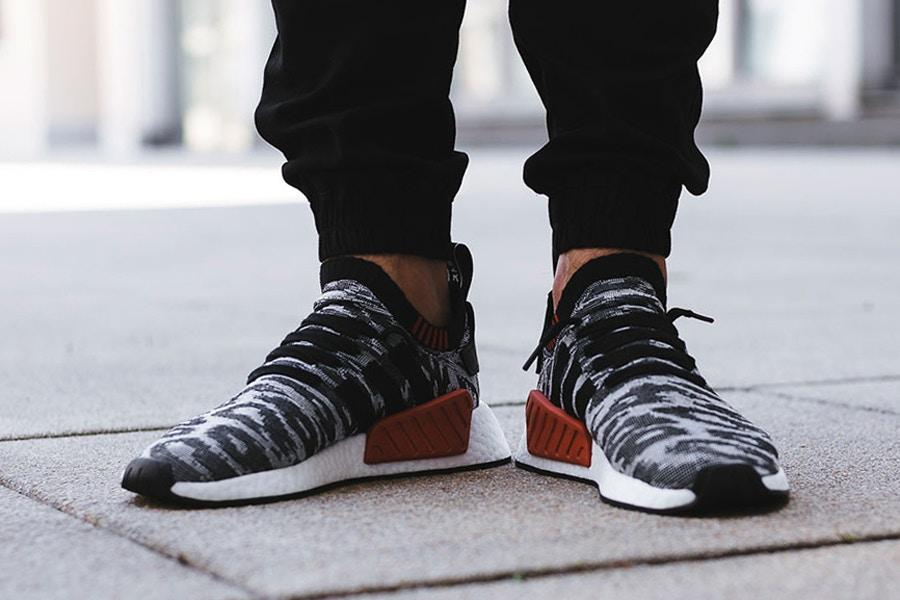 giay sneaker - elle man - adidas NMD_R2 Primeknit Pack 1