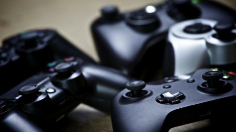 6 mẫu máy chơi game cầm tay thành công nhất lịch sử