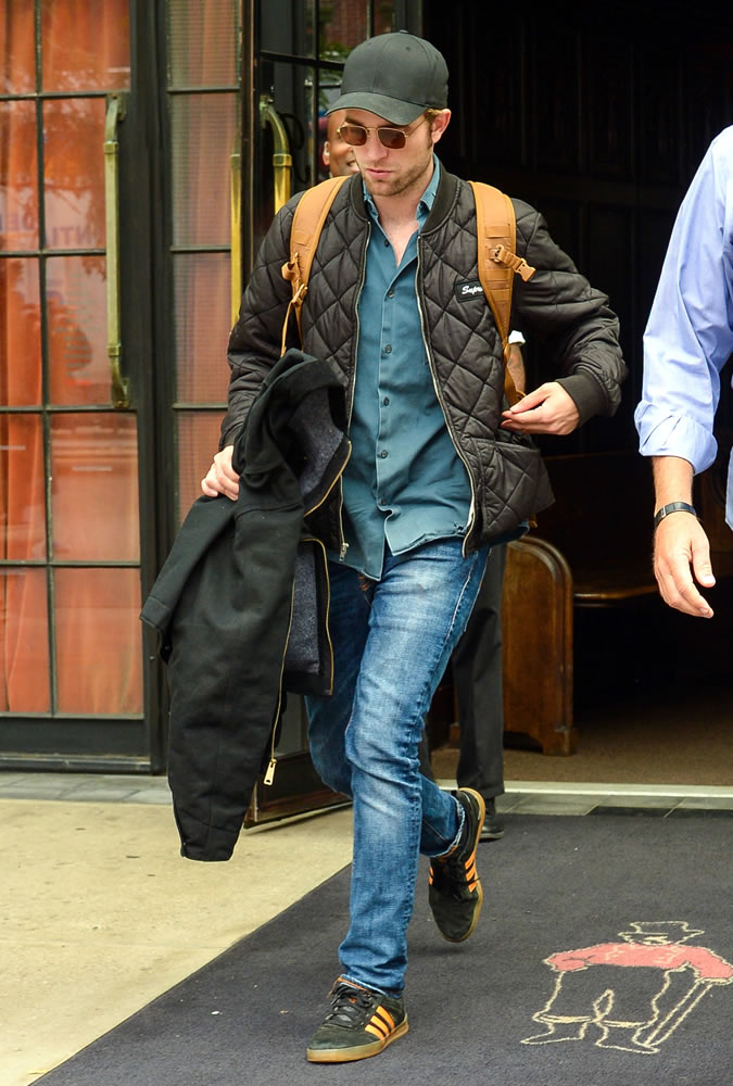 phong cach thoi trang - elle man - Robert Pattinson