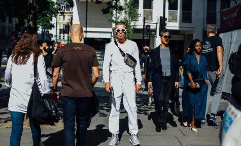 Xu hướng thời trang Xuân-Hè 2017/18: Tourist - Cảm hứng viễn du