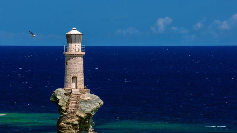Viễn du đến 26 ngọn hải đăng đẹp nhất trên thế giới