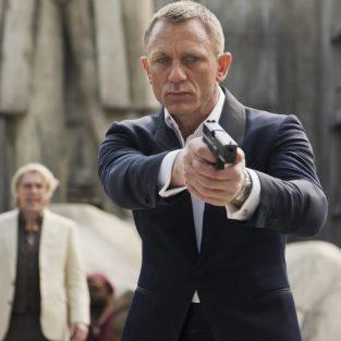 Lý do nào khiến Daniel Craig quay lại với điệp viên 007?