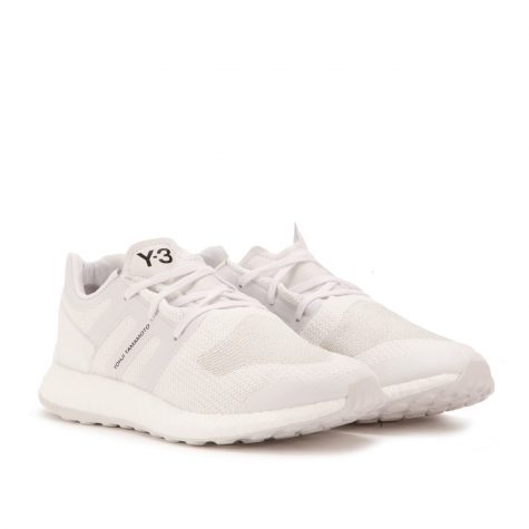 giay the thao all-white - white y-3 pure boost - elle man 2