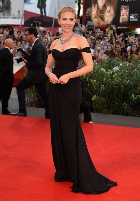 Scarlett-Johansson-Versace-1024x1467