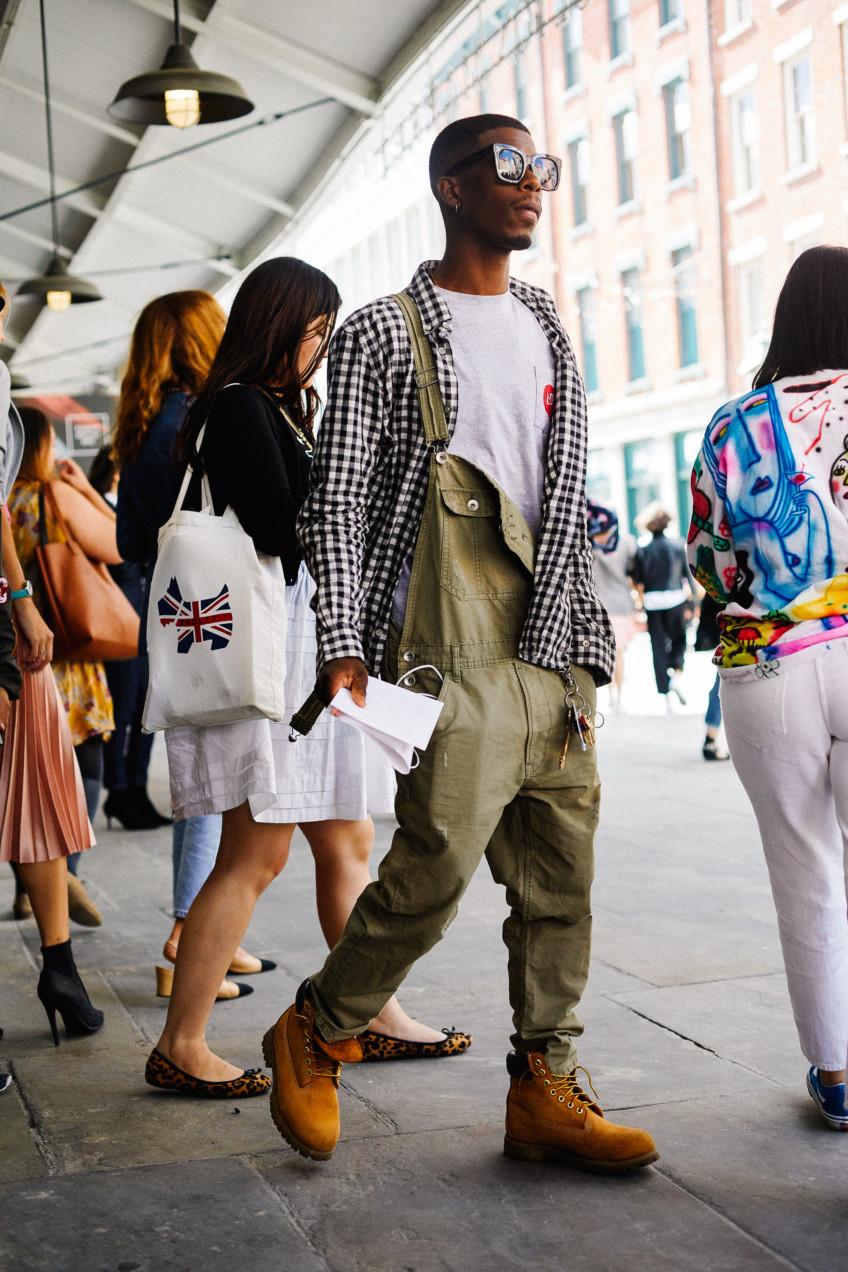 Street style nam nổi bần bật tại tuần lễ thời trang nữ New York, Xuân –Hè 2017-186