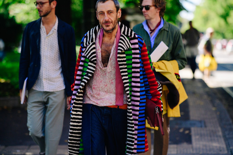 Phong cách đường phố Milan tại tuần lễ thời trang Xuân-Hè 201718elle man.j2