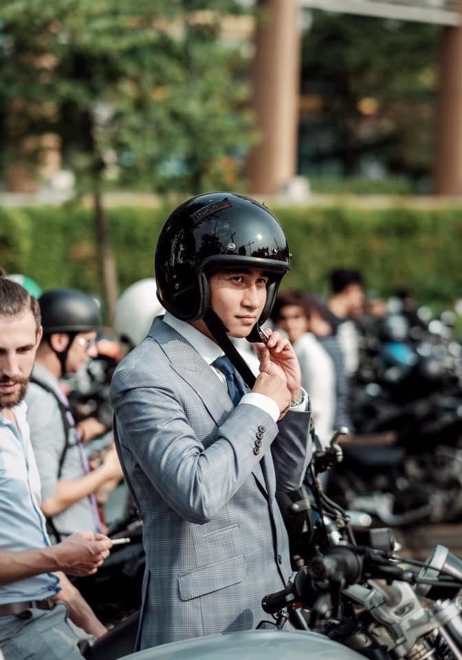 distinguished gentleman's ride - elle man 35