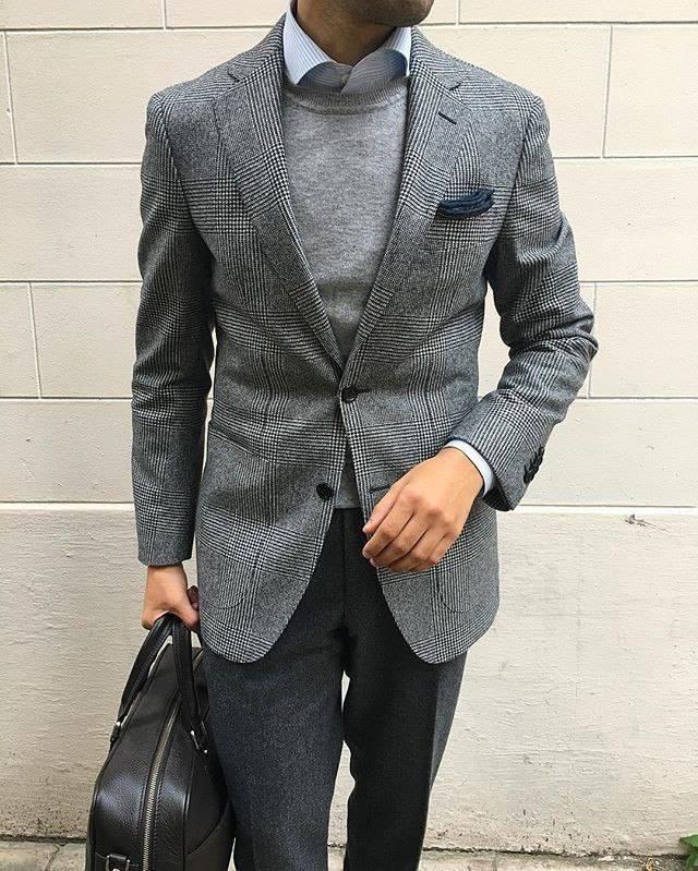 ELLE Man Style CalendarBack to basic cung ao sweater xam 9