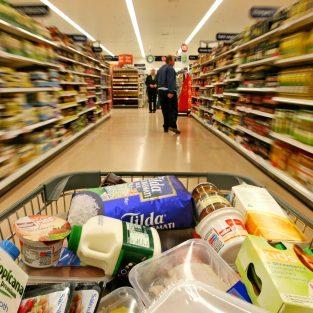 """10 công ty thực phẩm """"kiểm soát"""" mọi nhu yếu phẩm của chúng ta"""