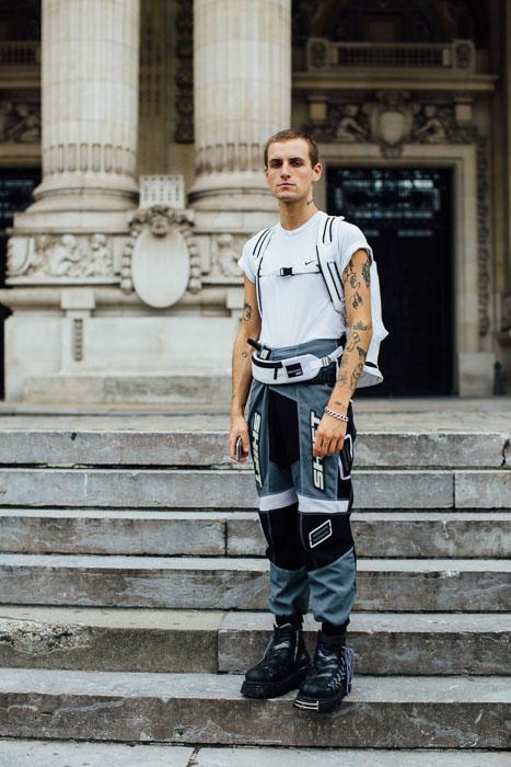 Street style Paris tại tuần lễ thời trang Xuân-Hè 201718 elleman14