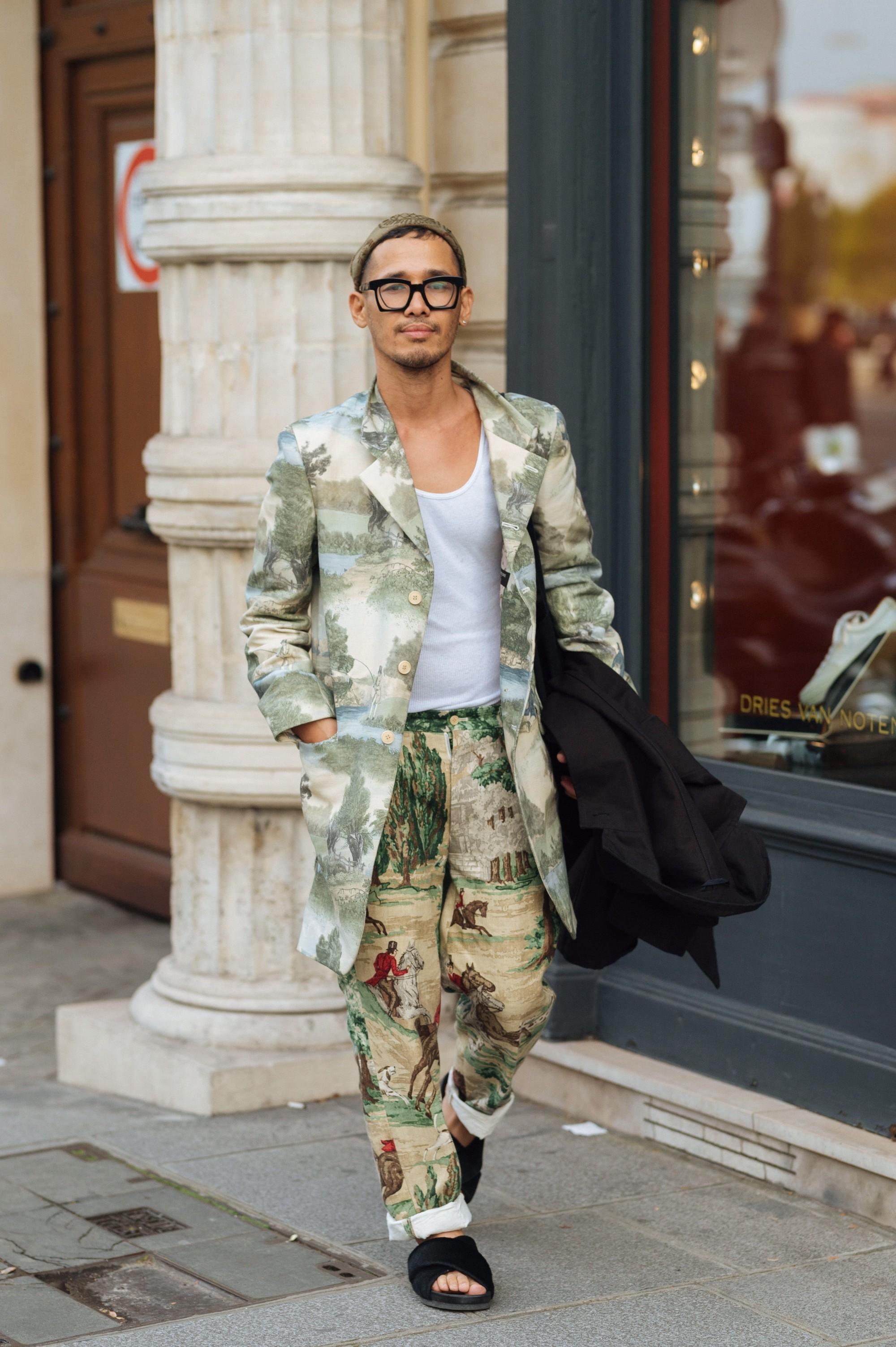 Street style Paris tại tuần lễ thời trang Xuân-Hè 201718 elleman4