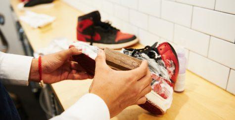 ve sinh giay sneaker - elle man 4