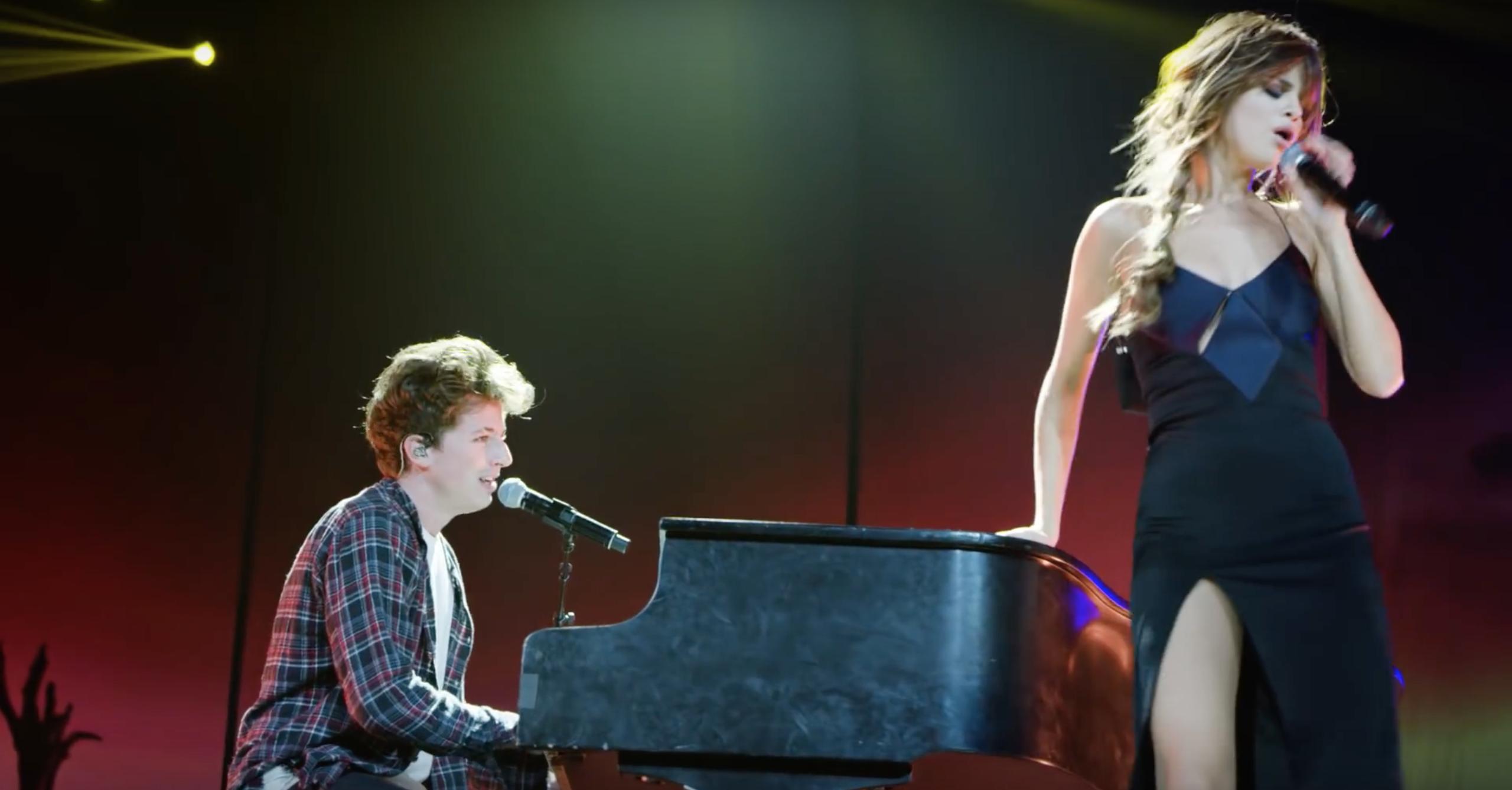 """Cặp đôi đã có phần song ca ngọt ngào trong ca khúc """"We Don't Talk Anymore"""" làm khán giả điên đảo."""