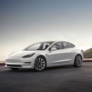 Cận cảnh quy trình lắp ráp xe Tesla Model 3