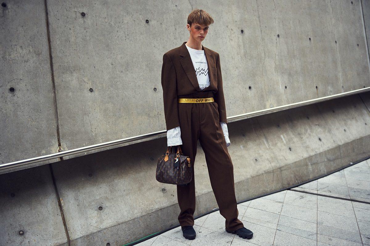 Cac street style look tuyet dep tai Seoul Fashion Week Xuan He 2018 16