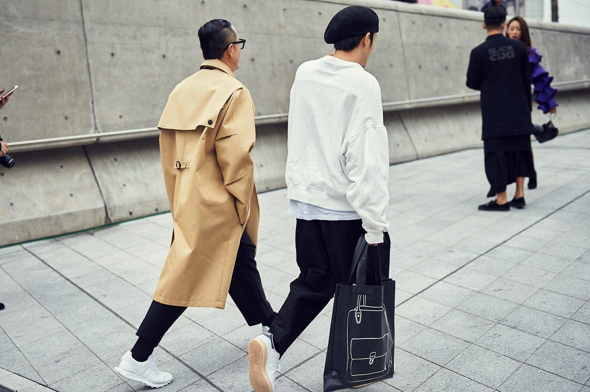 Cac street style look tuyet dep tai Seoul Fashion Week Xuan He 2018 17