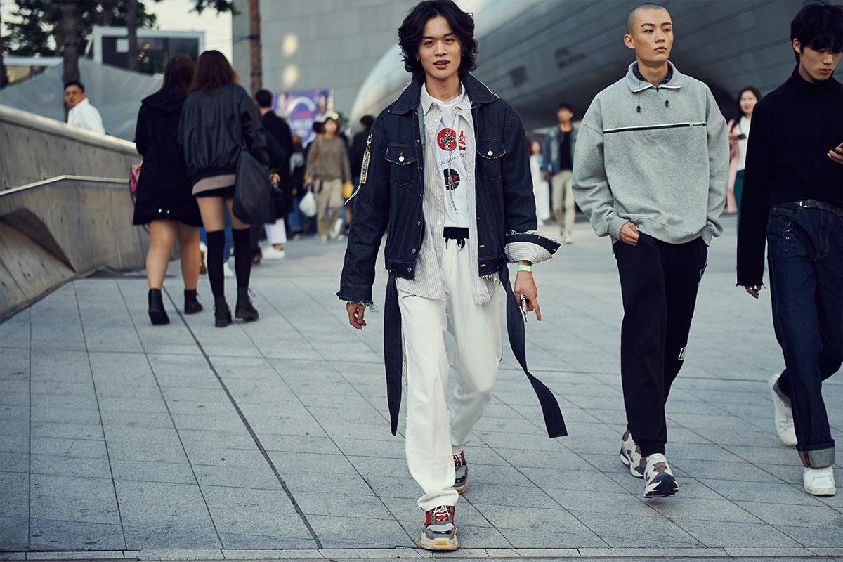 Cac street style look tuyet dep tai Seoul Fashion Week Xuan He 2018 18