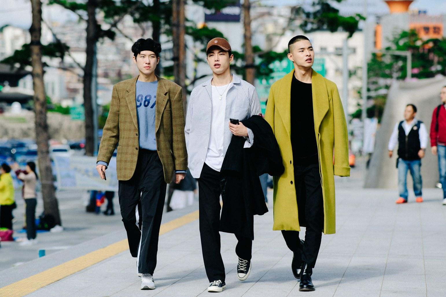 Cac street style look tuyet dep tai Seoul Fashion Week Xuan He 2018 6