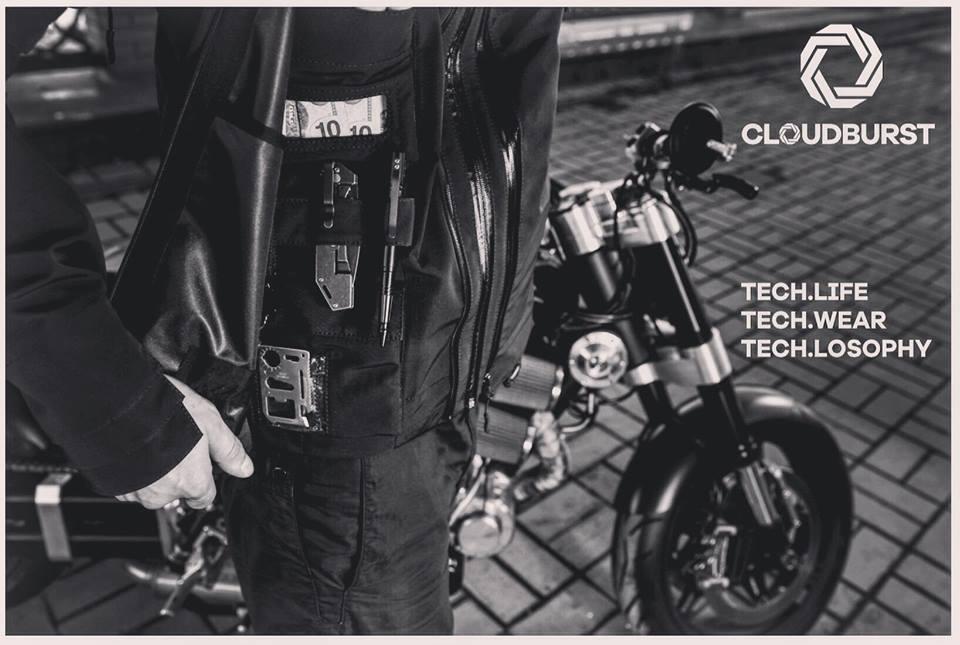 Tạo phong cách thời trang urban techwear với 5 thương hiệu bình dân- elle man