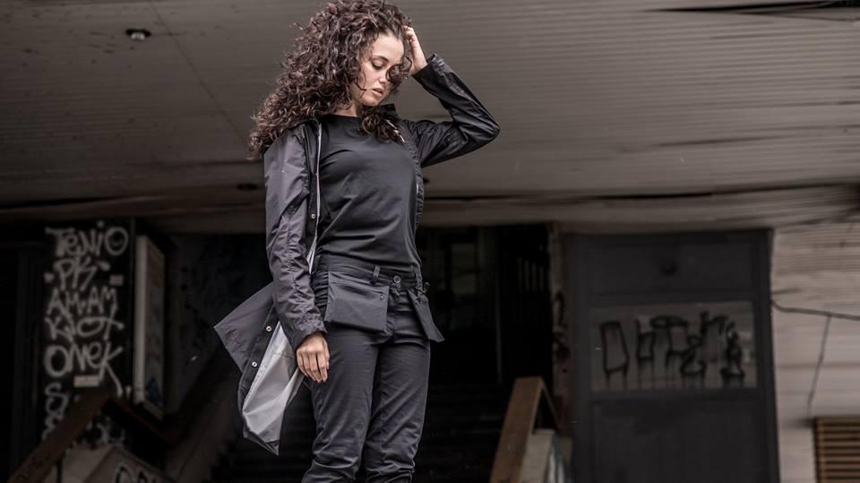 Tạo phong cách thời trang urban techwear với 5 thương hiệu bình dân- elle man17