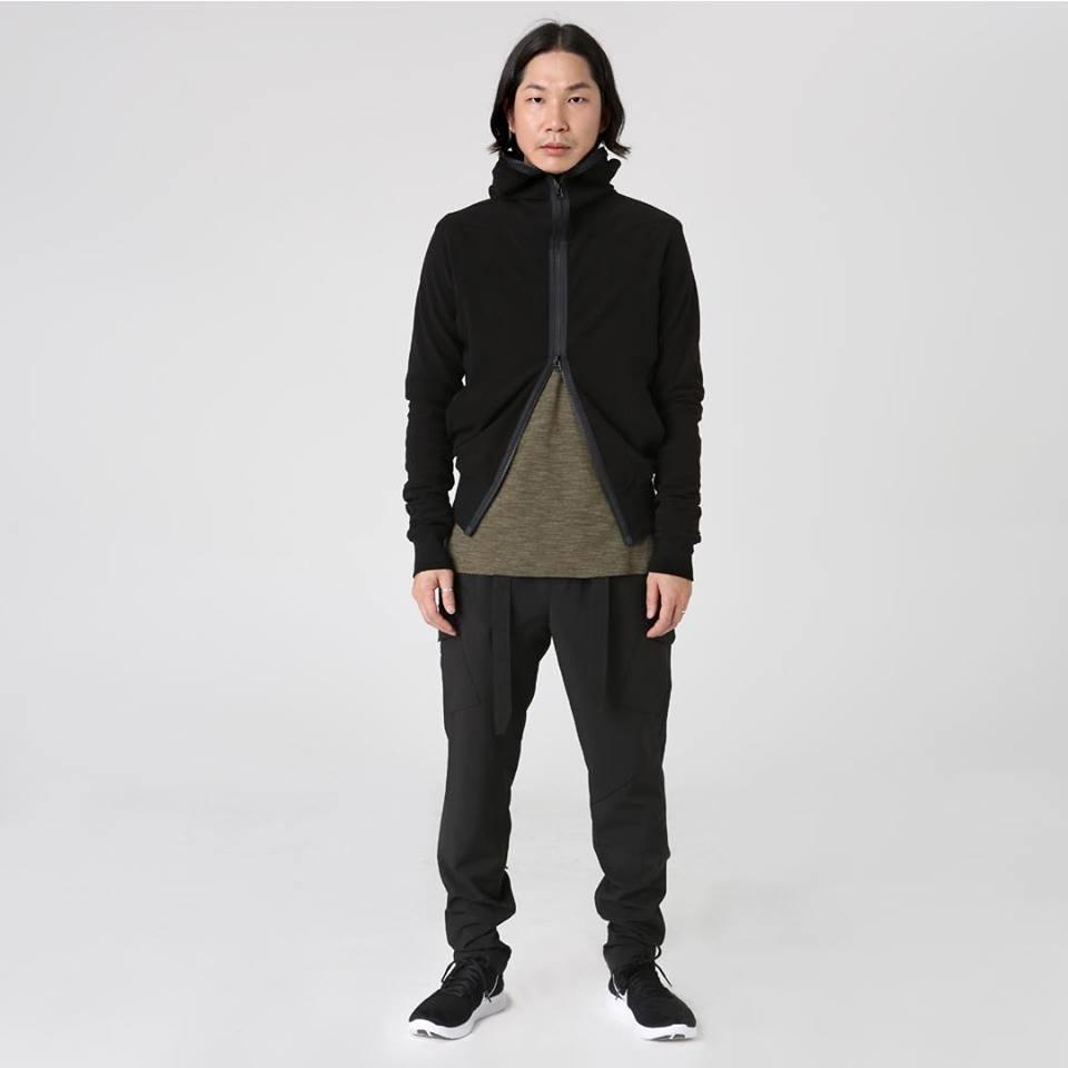 Tạo phong cách thời trang urban techwear với 5 thương hiệu bình dân- elle man26