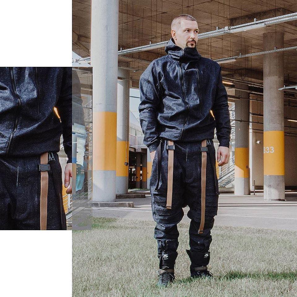 Tạo phong cách thời trang urban techwear với 5 thương hiệu bình dân- elle man3