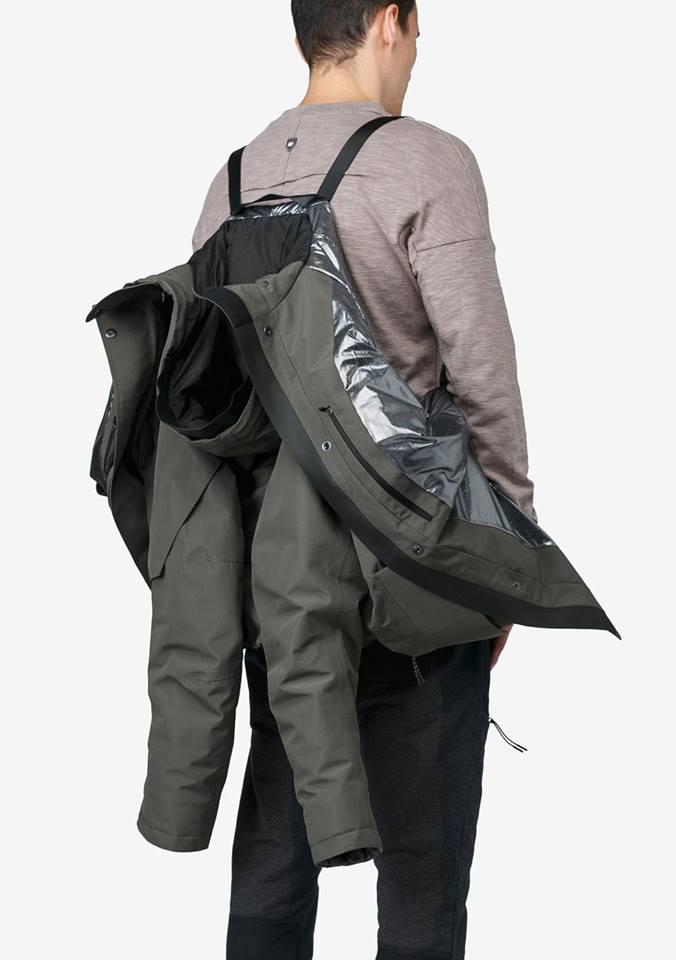Tạo phong cách thời trang urban techwear với 5 thương hiệu bình dân- elle man35