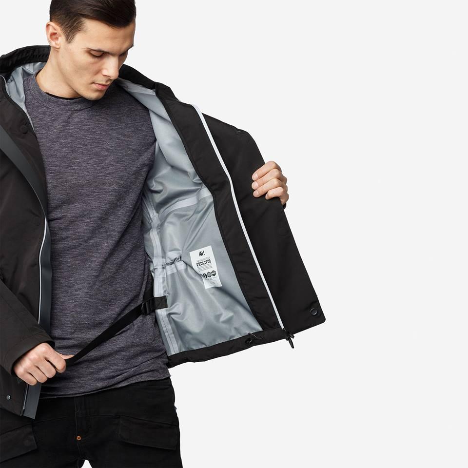 Tạo phong cách thời trang urban techwear với 5 thương hiệu bình dân- elle man37