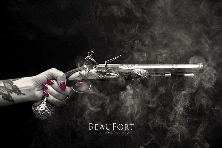 nuoc hoa halloween Tonnerre Beaufort London - elle man 2