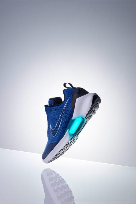 "giay the thao cuoi thang 10 - Nike HyperAdapt 1.0 ""Tinker Blue"" - elle man 3"