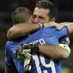 Vòng loại World Cup: Tuyển Italia bị loại - Sự qua đời của vinh quang quá khứ