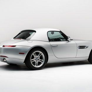 Xe hơi BMW Z8 của cố CEO Apple lên sàn đấu giá vào cuối năm