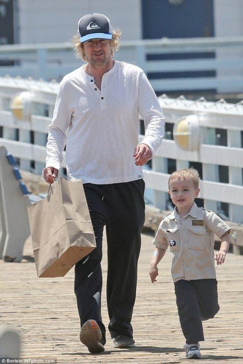 Owen Wilson cùng con trai Robert Ford Wilson