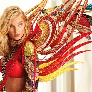 Thiên thần Elsa Hosk sải bước với đôi cánh 275.000 viên pha lê